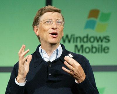Билл Гейтс объявил о выпуске программной платформы Windows Mobile 5.0, известной до сих пор под кодовым названием Magneto